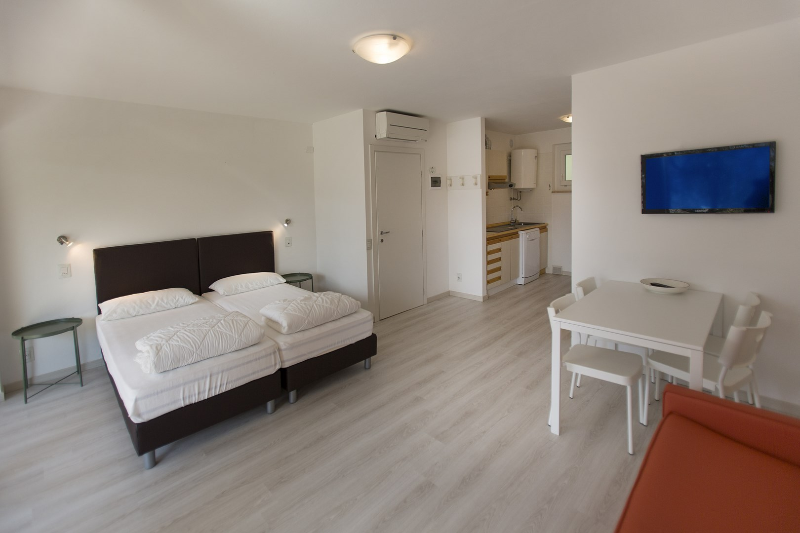 One Room Apartment with Lake View - Residence Parco Lago di Garda