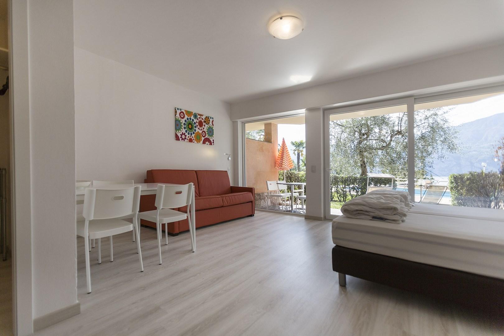 ein zimmer wohnung best eine variante des betreuten wohnens im augustinum detmold ist unsere. Black Bedroom Furniture Sets. Home Design Ideas
